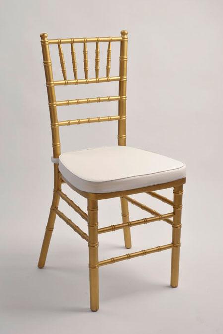 Sedie banqueting sedia chiavarina in legno oro for Sedie costo